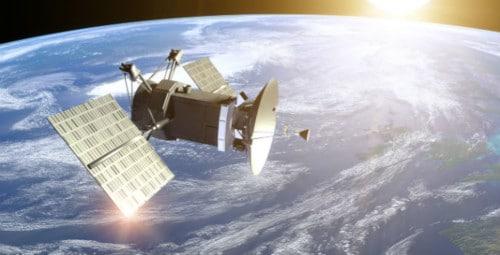 Satellite autour de la Terre